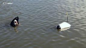 Dron do podglądania w wodzie