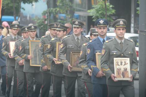 Posao u vojsci dobiće 13 pravoslavnih sveštenika i po jedan kapelan i imam