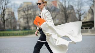 Must have: białe kurtki i płaszcze