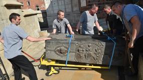 Królewskie sarkofagi zabrane z Wawelu do konserwacji