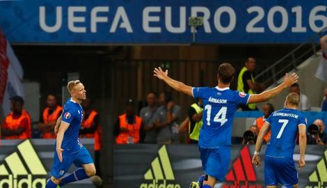 BAJKA JOŠ TRAJE Čudesni Island u četvrtfinalu, Englezi napustili i EURO!
