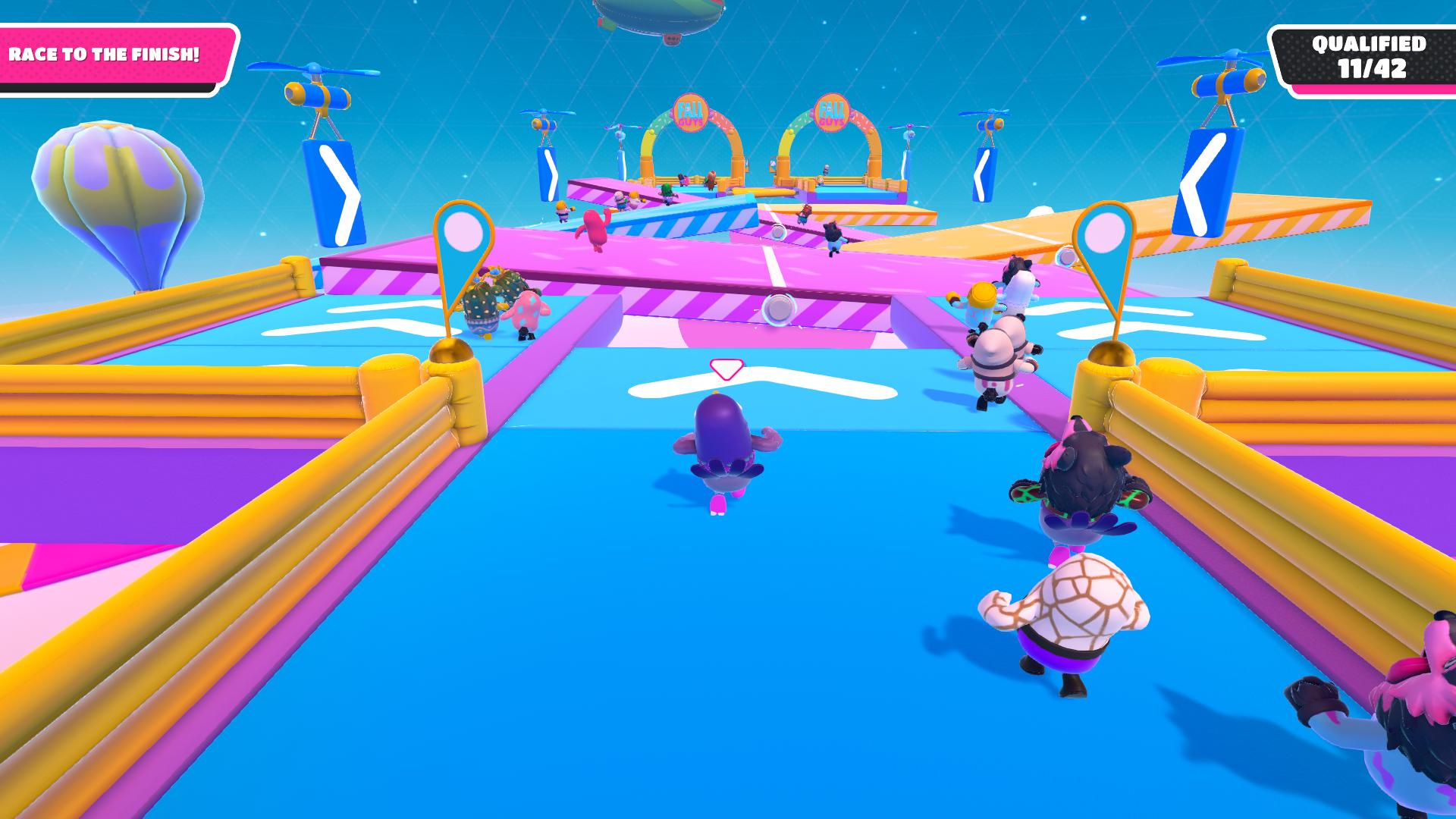 Mapy oplývajú rozdielnou náplňou a hráčovi kladú odlišné výzvy.