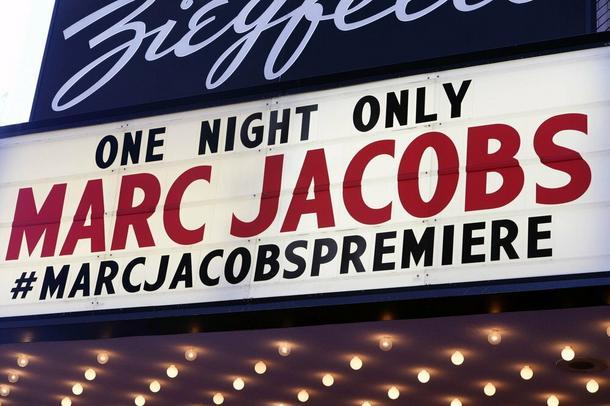 Marc Jacobs znów czaruje! Zobacz niezwykłą kolekcję na wiosnę 2016