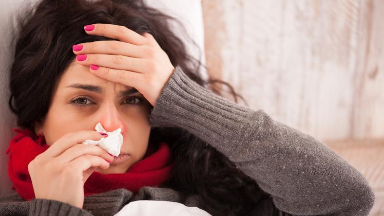 A lakásban megbújó penész tünetei összekeverhetőek a megfázással! / Fotó : Shutterstock