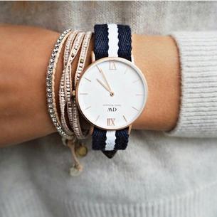 Charakterystyczne zegarki Daniela Wellingtona