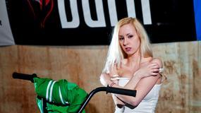 Warszawa - Burn Dirtpark - rowerowe triki i seksowne dziewczyny