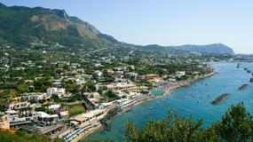 Śmierdzący problem na włoskiej wyspie Ischia