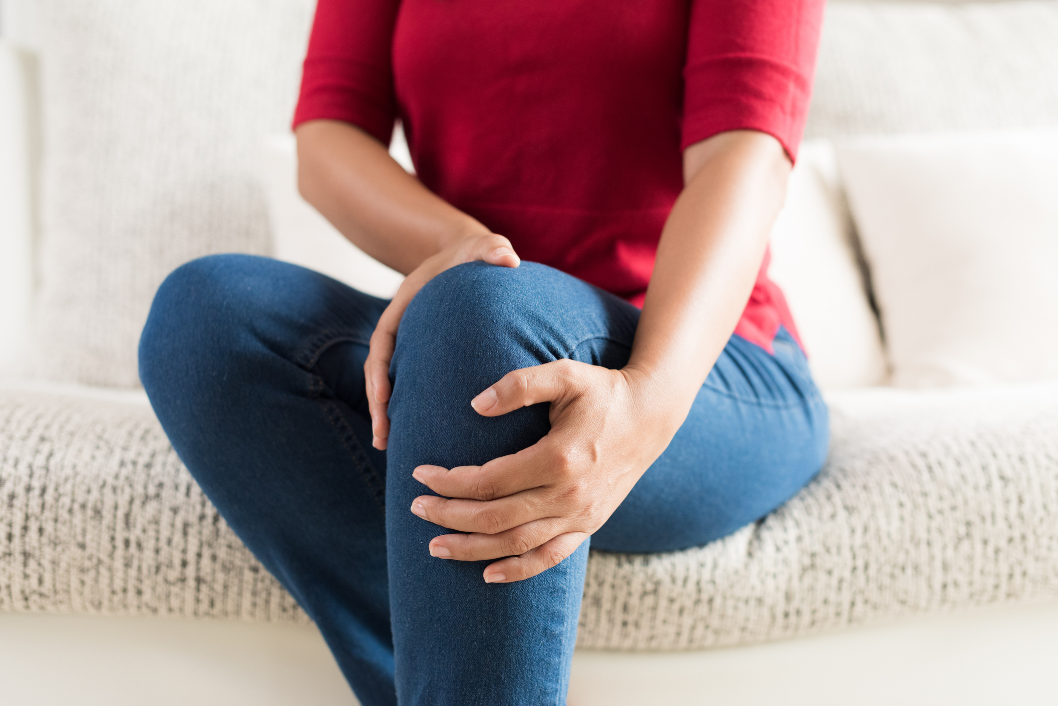 vírus és fájdalom a csontokban és ízületekben