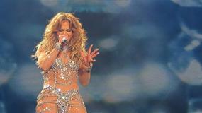 Jennifer Lopez pękł strój na scenie. Fani byli zachwyceni