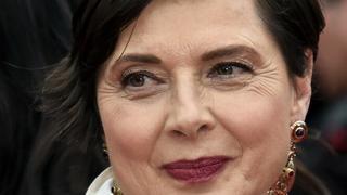 64-letnia Isabella Rossellini po 30 latach ponownie twarzą Lancome