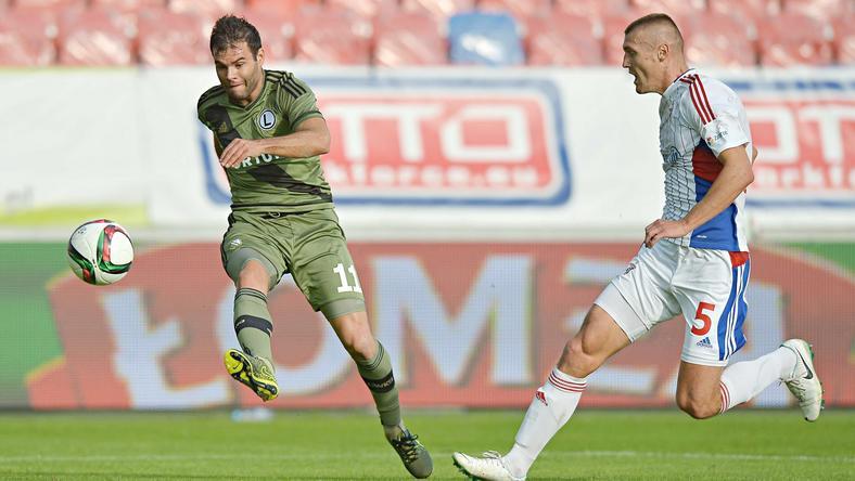 Nikolics Nemanja (balra) a Legiában 21 bajnokin 21 gólt szerzett / Fotó: Facebook