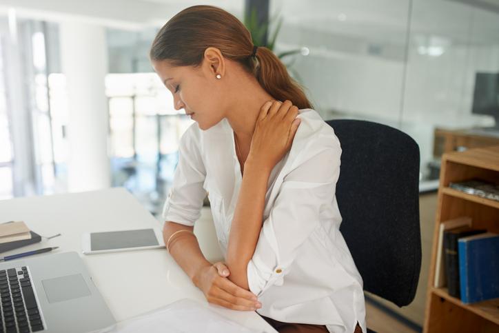 mi okozza az összes izom és ízület fájását