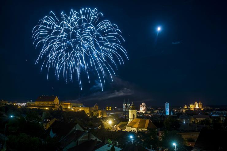Tűzijáték Egerben /Fotó: MTI-Komka Péter