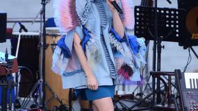 Polska wokalistka zaskoczyła stylizacją na koncercie. Kto się tak ubrał?!