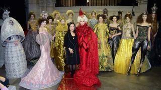 85-letnia modelka podbiła Tydzień Mody haute couture w Paryżu