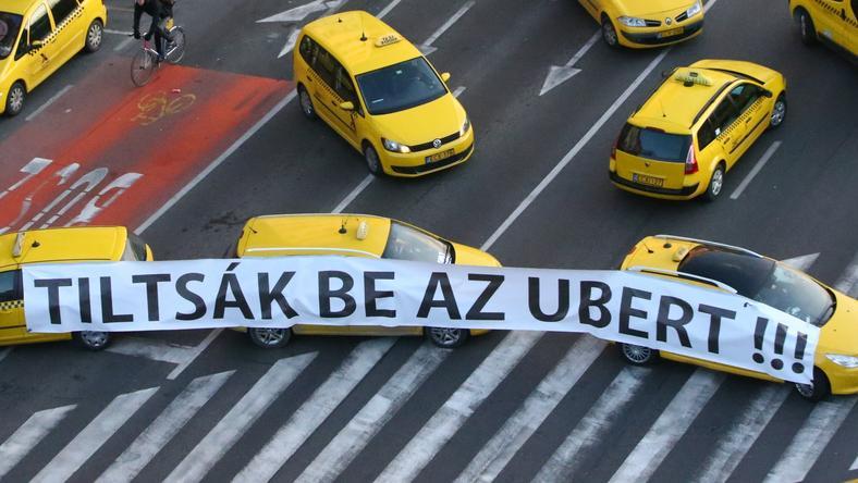 Taxis tüntetés Budapesten, az Uber betiltásáért /Fotó: RAS Archívum, Isza Ferenc