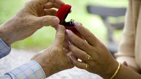 Wiele hałasu o pierścionek