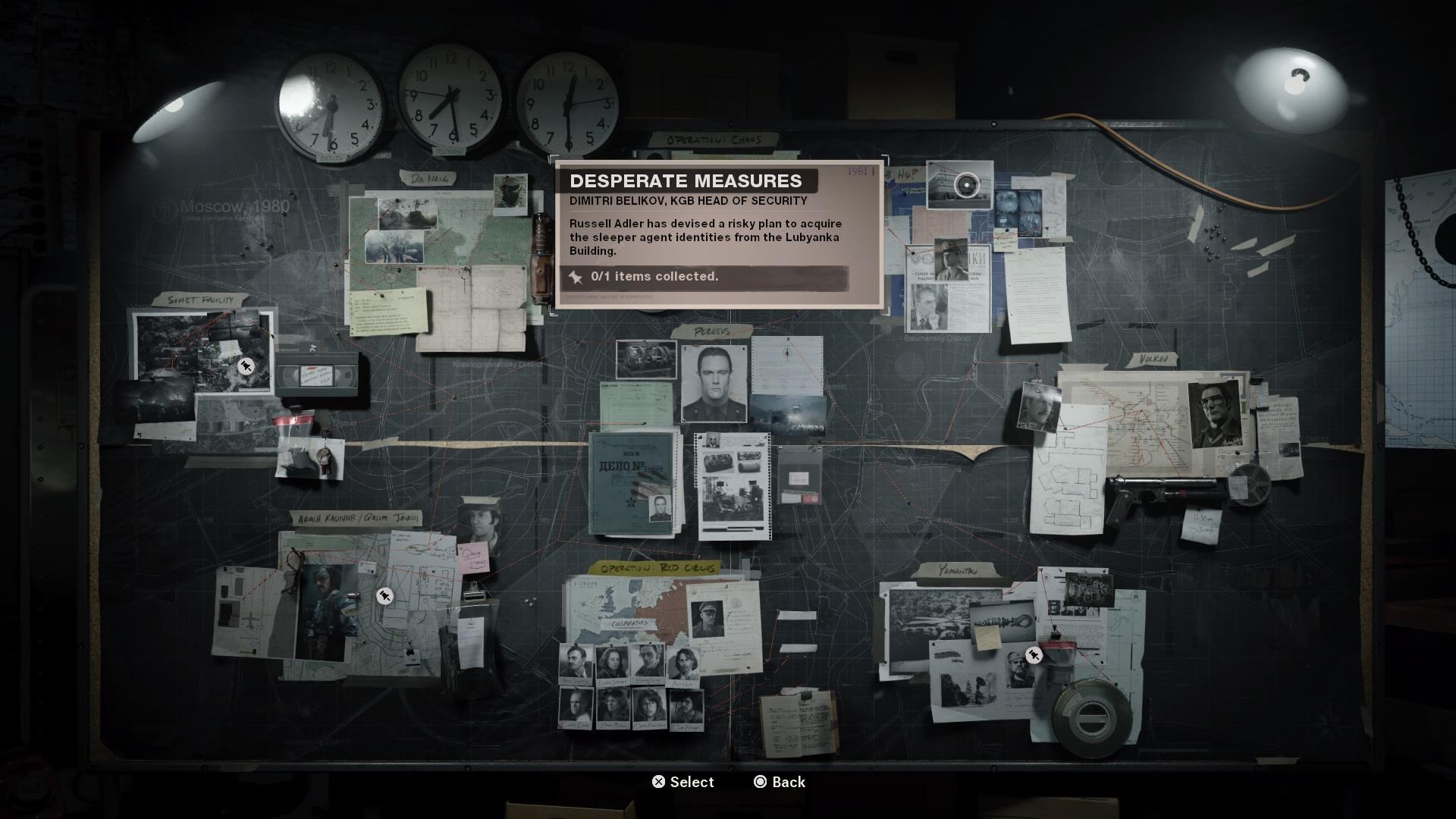 Misie si vyberáš z vyšetrovacej tabule, na ktorej nájdeš aj všetky zozbierané dôkazy.