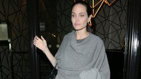 Przeraźliwie chuda Angelina Jolie w Londynie