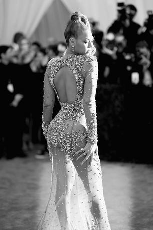 Beyonce kupiła szpilki za 1,2 mln zł!