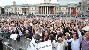 Tysiące osób uczciły pamięć zabitej posłanki Jo Cox