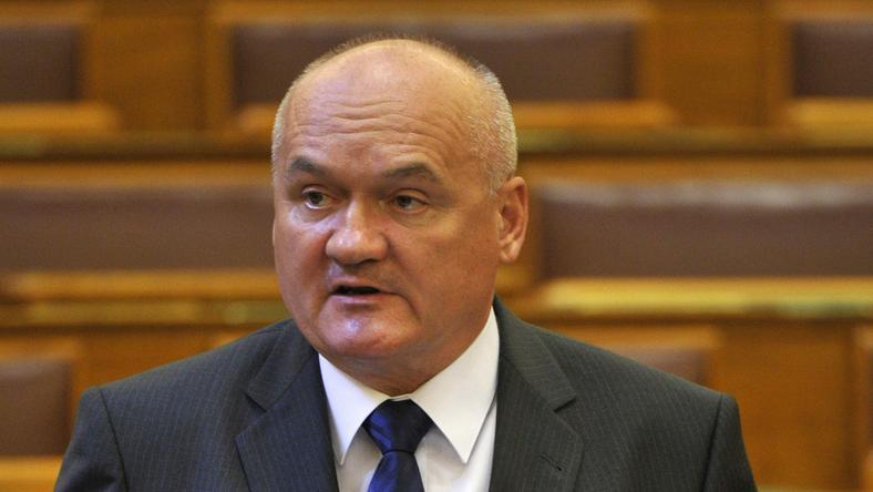 Hende Csaba 177 ezer forint perköltséggel tartozik / Fotó: MTI Kovács Attila