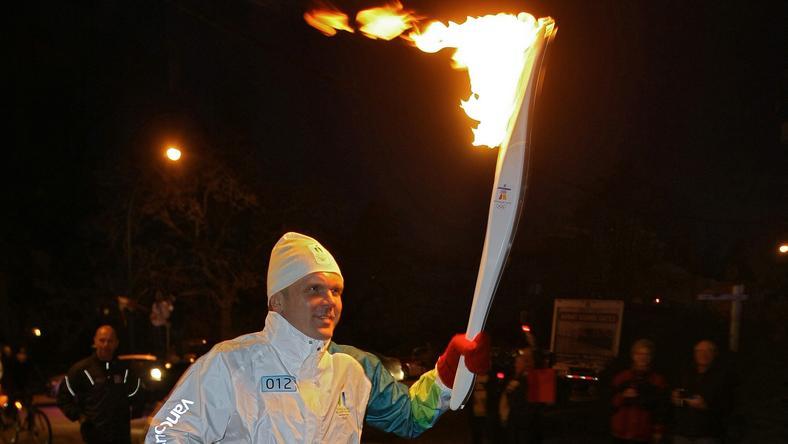 Menekült id futhat az olimpiai lánggal /AFP