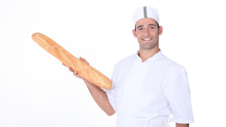 Firss kenyeret  legfeljebb pékdégben látott a tanuló, az iskoli műhelyben nem / Fotó: Nortfoto