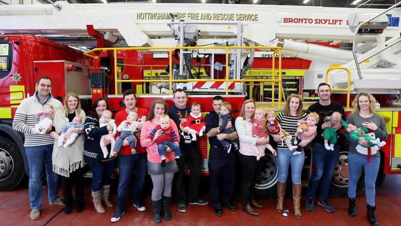 Folyamatos a dupla gyermekáldás a különleges tűzoltóságon / Fotó: Northfoto