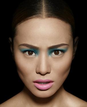 Jamie Chung dla Make Up For Ever