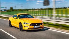 Fotografować Fordy Mustangi jak zawodowiec