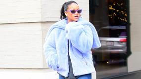 Rihanna w futrze i białych kozakach