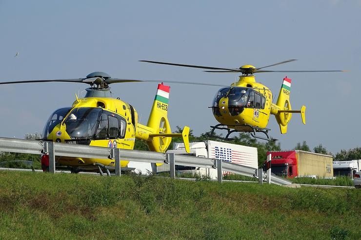 Az első információk szerint a balesetben négyen sérültek meg / Fotó: MTI Donka Ferenc