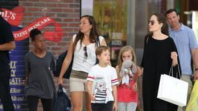 Angelina Jolie z dziećmi. Podobne do mamy?