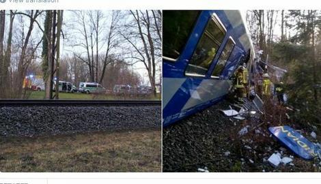 TEŠKA NESREĆA U NEMAČKOJ Sudar dva putnička voza, najmanje osmoro poginulih, preko 150 povređenih