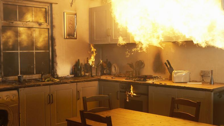 Teljesen kiégett a családi ház/ Foto: Thinstock
