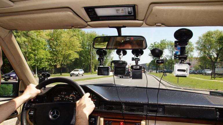 Nasz test 5 kamer samochodowych
