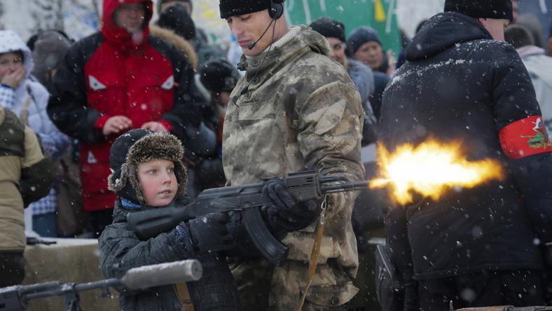 A kissrácnak a szeme sem rebbent, amikor tüzet nyitott egy sorozatlövő karabéllyal / Fotó: MTI