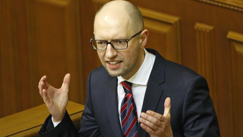 Arszenyij Jacenyuk miniszterelnök a helyén maradhat /Fotó: AFP