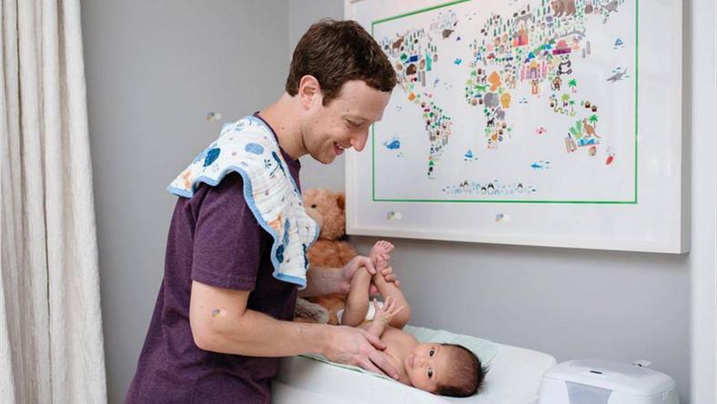 A világ egyik legsikeresebb embere, Mark Zuckerberg kiveszi a részét a gyereknevelésből: ha kell pelenkáz vagy játszik a kislányával /Fotó: Northfoto