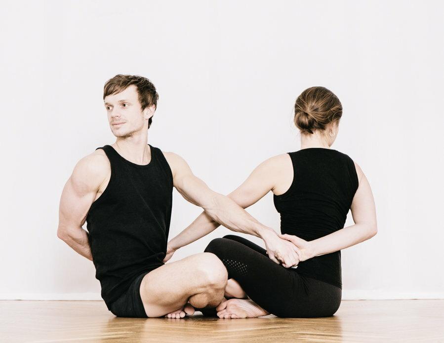 Acro Yoga / materiały prasowe