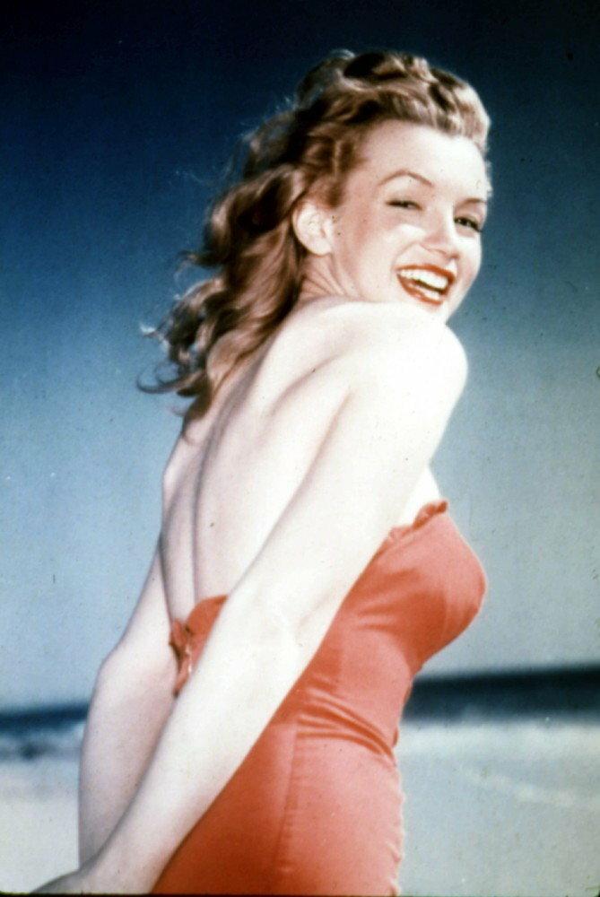 Marilyn Monroe naturalnie była brunetką