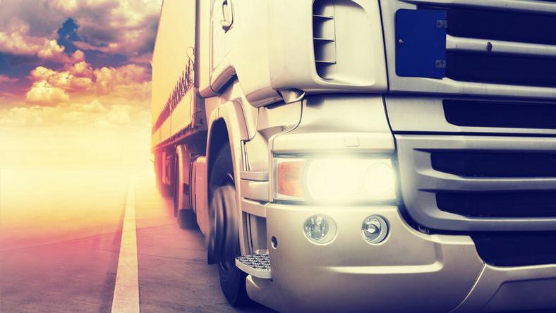 A kamion cigarettát szállított /Fotó: Northfoto - illusztráció