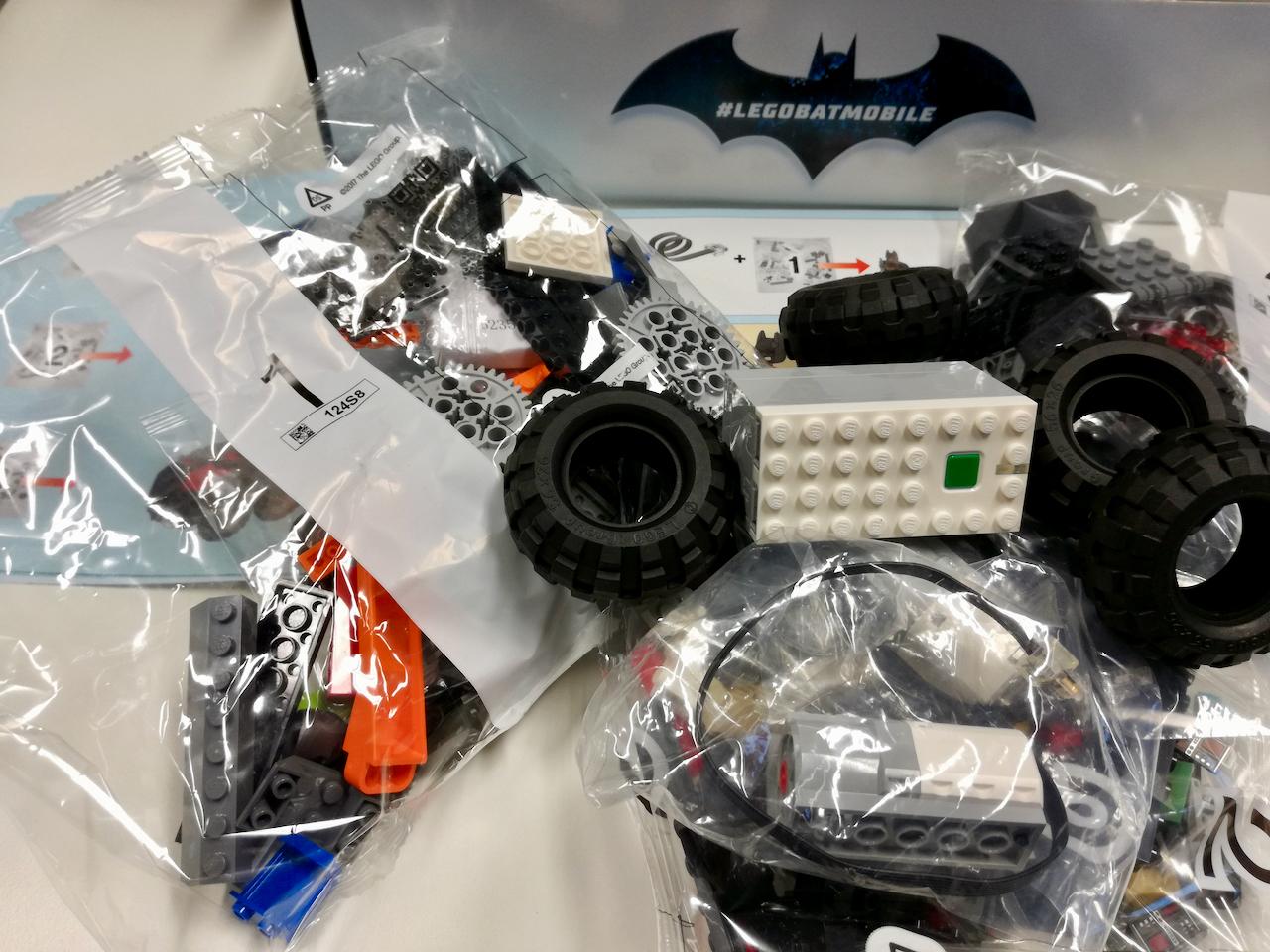 Lego Batmobil Model Zdalnie Sterowany Smartfonem I Aplikacją