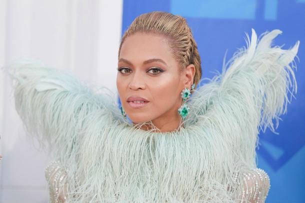VMA 2016: Najpiękniejsze makijaże i fryzury