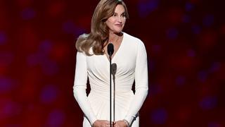 Best Look: Caitlyn Jenner w sukni Versace