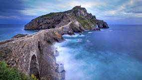 Gaztelugatxe - malownicza wysepka w Zatoce Biskajskiej, z niesamowitymi schodami i kaplicą Templariuszy