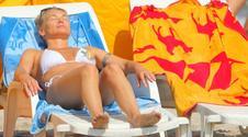 Ewa Pacuła na plaży. Tak odpoczywa z córkami