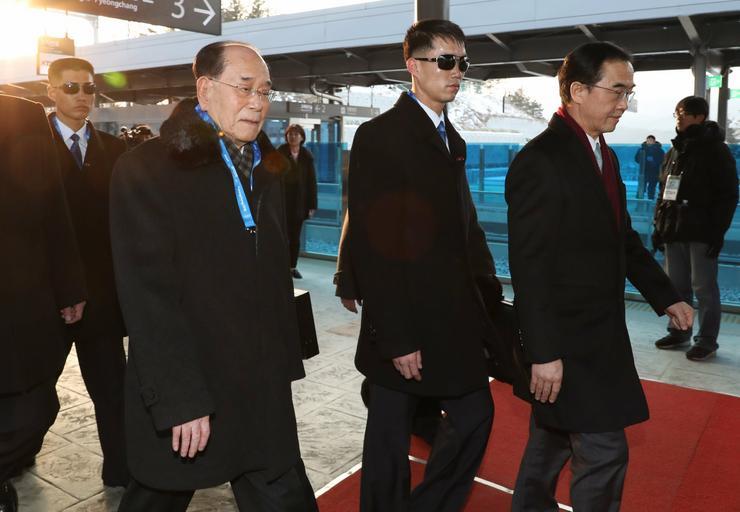Kim Dzsong Nam, a névleges észak-koreai államfő érkezik Phjongcsangba /Fotó: MTI