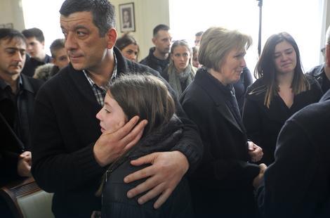 Porodica Stanković posle komemoracije u Ministarstvu spoljnih poslova